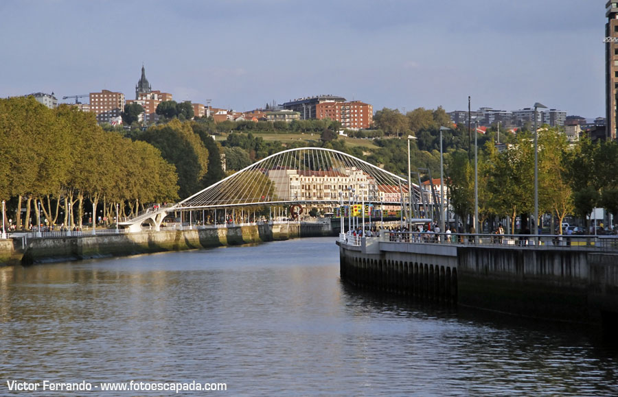 Puente Zubizuri Bilbao