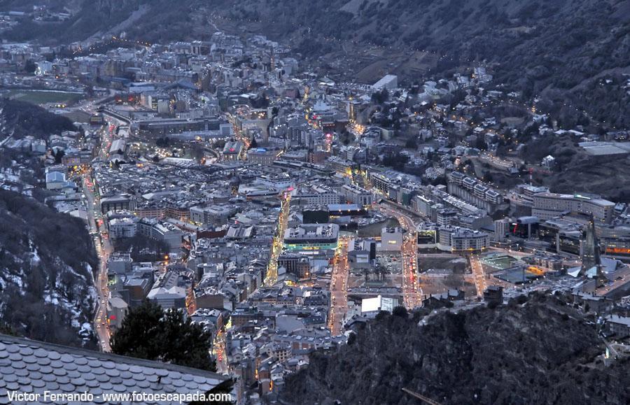 Andorra y Escaldes desde la carretera de Engolasters