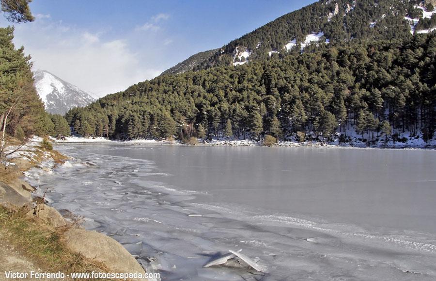 Lago de Engolasters Congelado Andorra