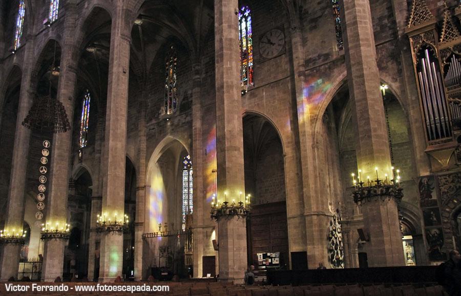 Columnas en la Catedral de Palma de Mallorca