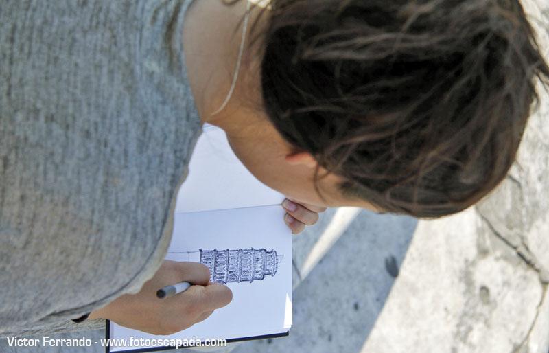 Dibujando la Torre Inclinada de Pisa