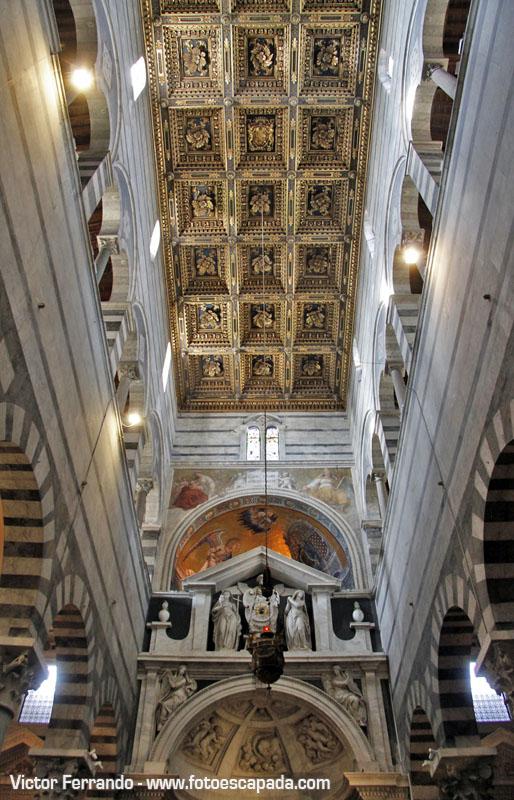 Interior de la Catedral de Pisa 10