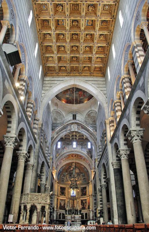 Interior de la Catedral de Pisa