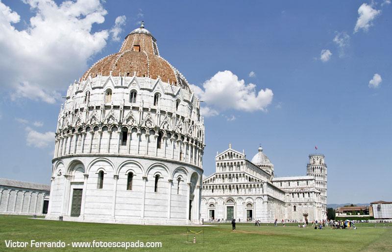 Edificios de la Plaza del Duomo de Pisa
