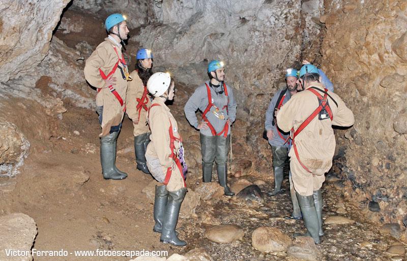 Espeleología en la Cueva de Fuentemolinos