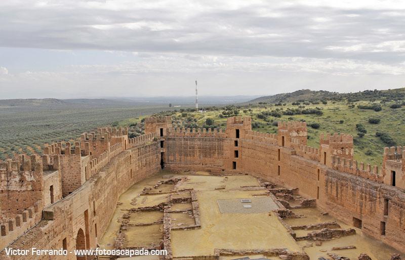 Ruta de los castillos y batallas en la provincia de ja n - Castillo de banos de la encina ...