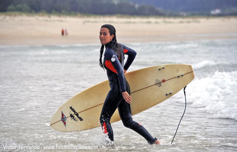 Surf en la Playa de Doñinos - Turismo activo en Ferrol