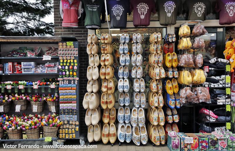 Tiendas de souvenirs en Volendam