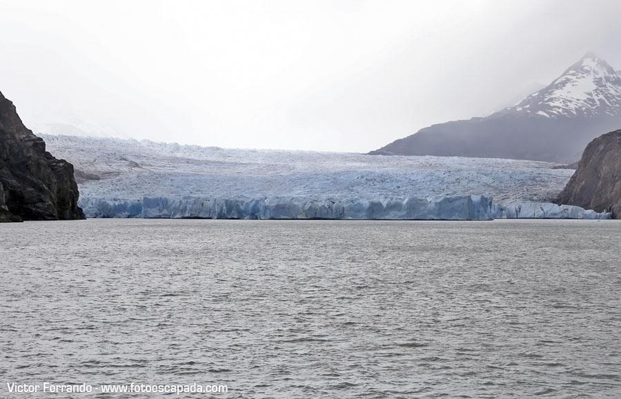 Navegacion al Glaciar Grey en Torres del Paine - Patagonia chilena